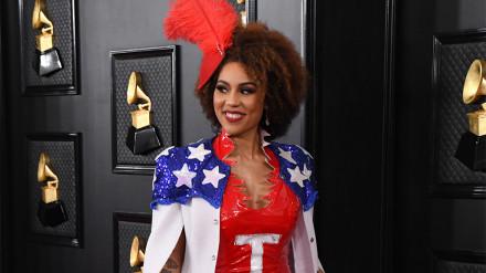 WATCH: Pro-Trump fashion statement at Grammys