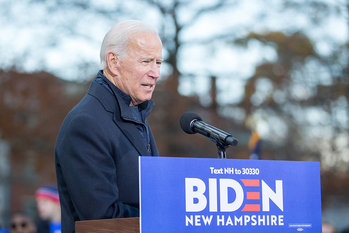 Trump is trying to stop Biden's momentum through negative ads