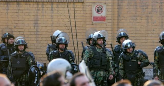 Protestors shot on Tehran streets