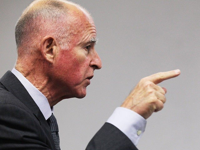 Jerry Brown blames Trump for California fires