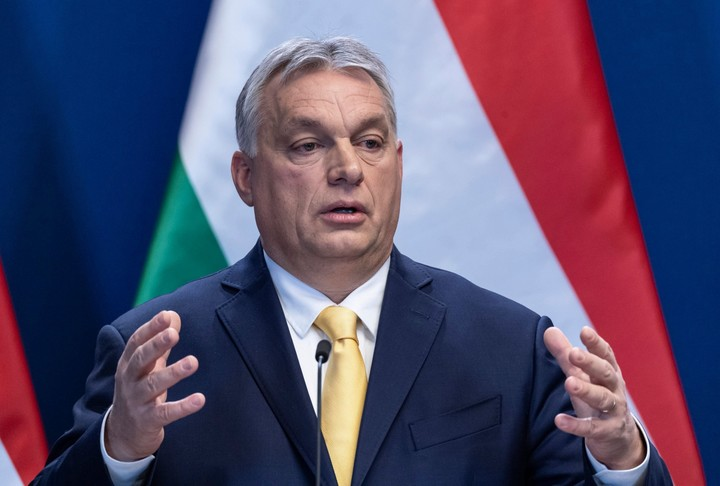 Viktor Orban praises Boris Johnson as one of the bravest politicians