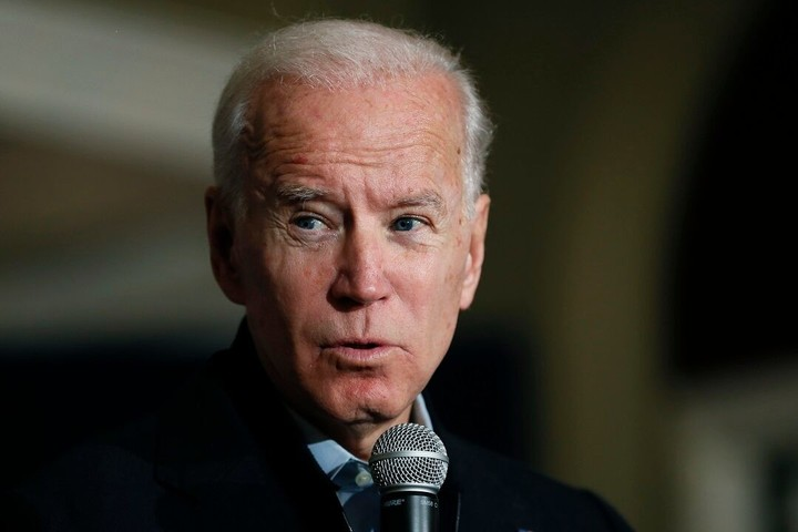 Biden still clinging to his large lead in South Carolina