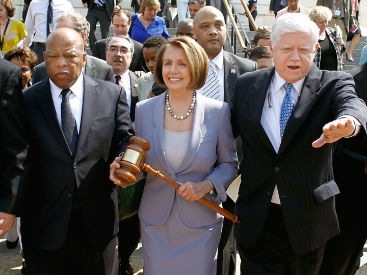 Pelosi is violating the 6th amendment