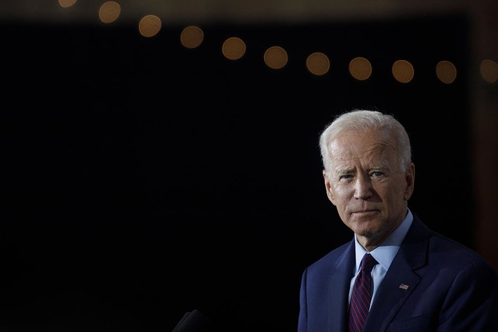 "Biden calls out ""Bernie brothers"""