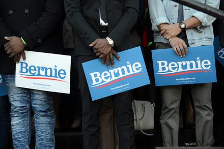 Why Sanders Isn't Winning Over Black Voters