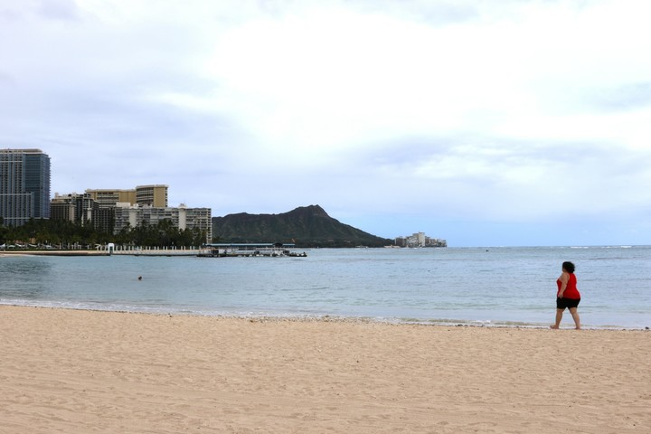 Isolated by oceans: Hawaii, other islands tamp down virus