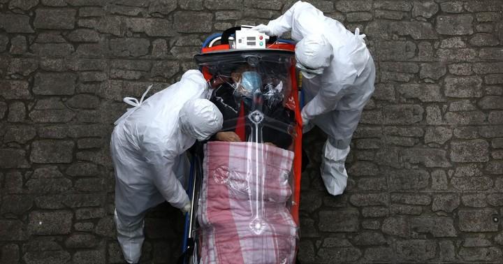 Fears new coronavirus strain emerging after '116 survivors test positive again'