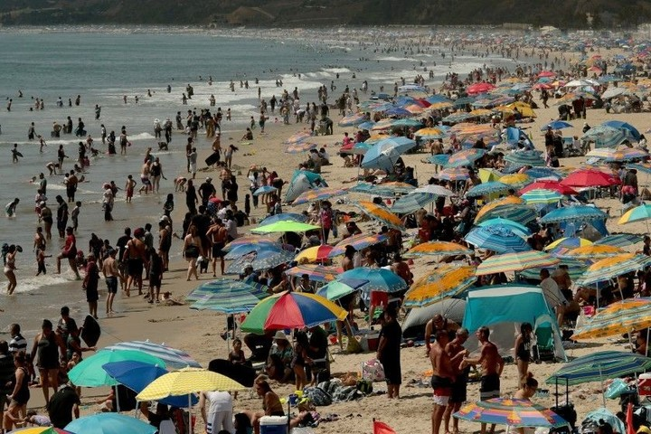 Coronavirus complicates California's worst power shortage in two decades