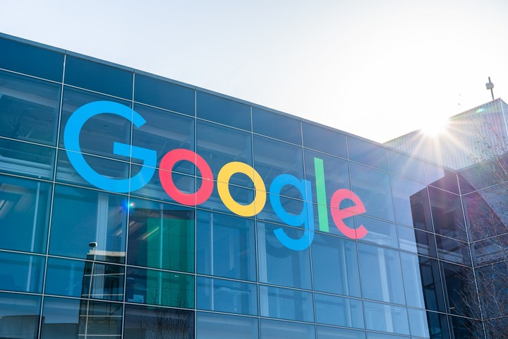 Cramer: DOJ's antitrust lawsuit against Google takes parent Alphabet from 'buy to strong buy'