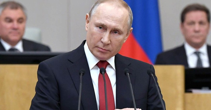 Putin can now stay in power past 2024