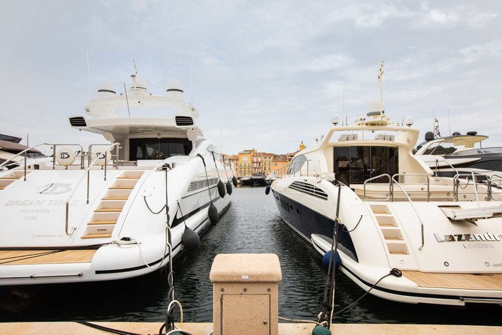 A billionaires' compound with its own coronavirus testing center stokes anger on the French Riviera