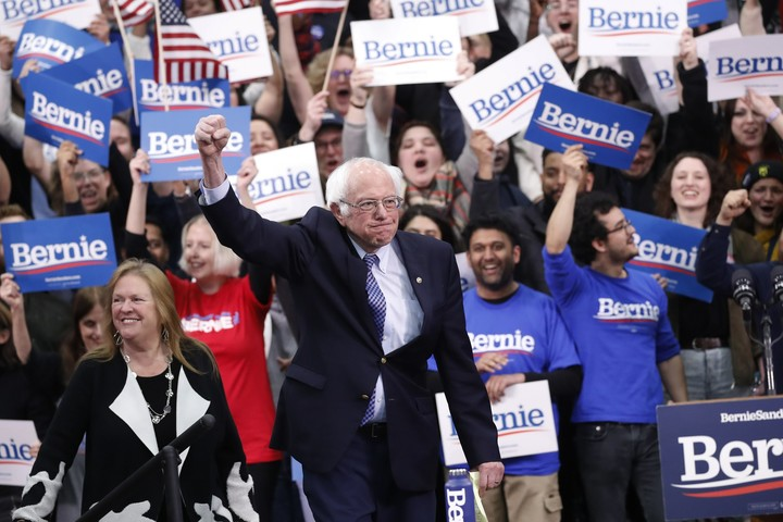 Sanders edges Buttigieg in NH, giving Dems 2 front-runners
