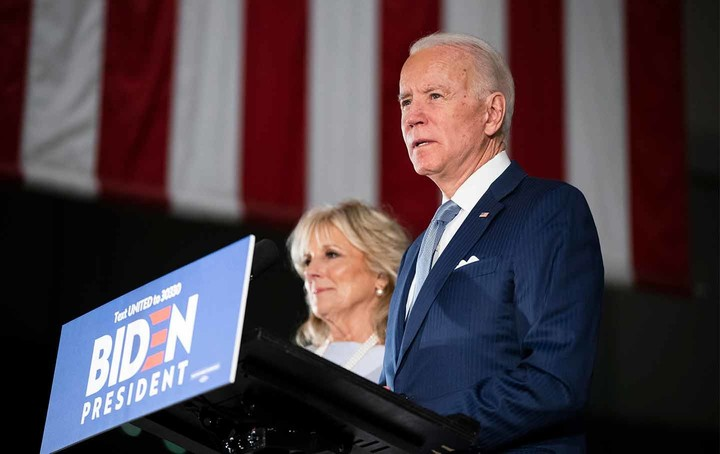 Biden wins, even though voters prefer Bernie's ideas