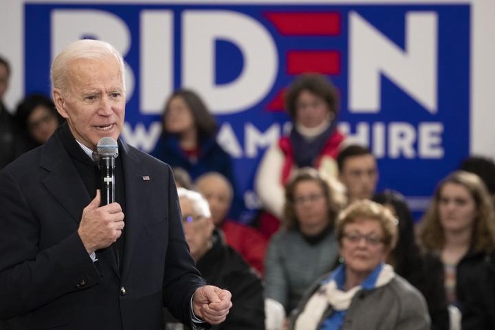 Biden plummeting and Bernie surging
