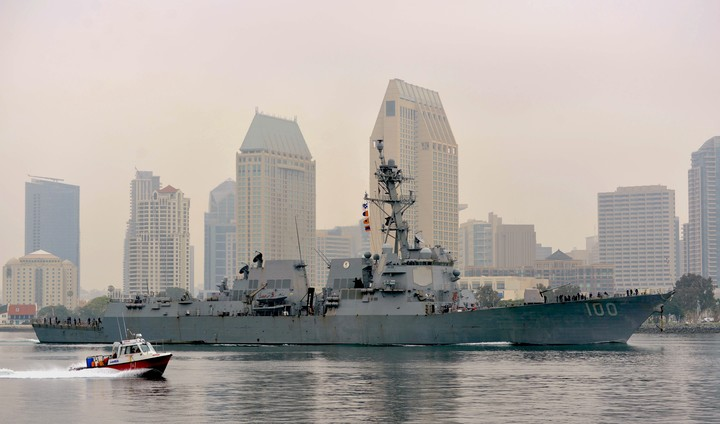 USS Kidd Arrives in San Diego to Treat COVID-19 Outbreak; First Cases Emerged More than A Month After Hawaii Port Visit