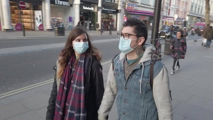 Brits blame their government as coronavirus fears rise - CNN Video