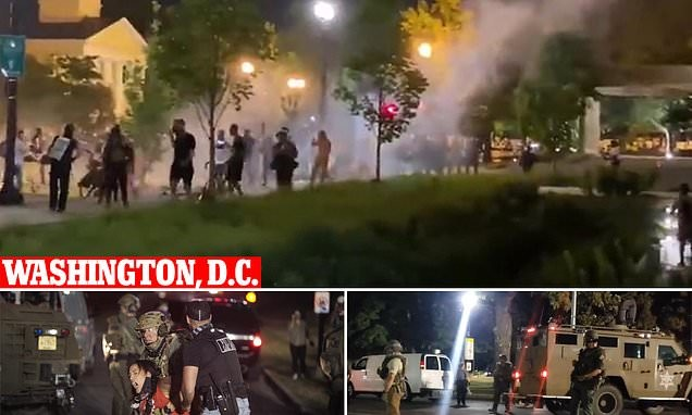 Cops clear BLM protesters from outside the White House