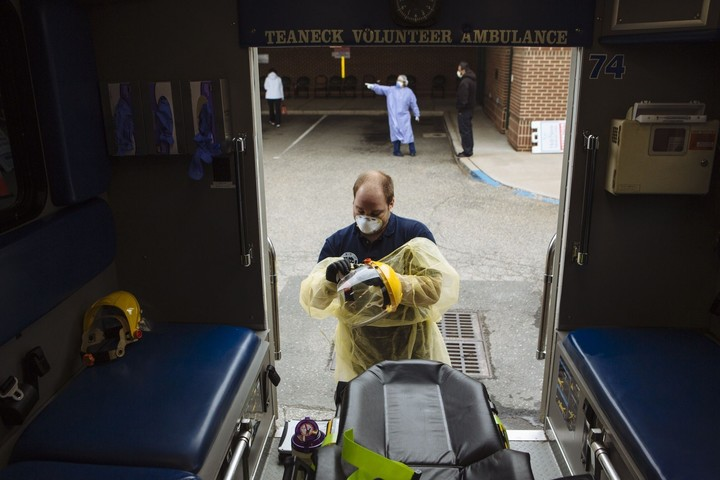 N.J. Reports Record New Deaths, Expects Hospital Shift South