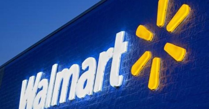 """Walmart to stop selling """"All Lives Matter"""" T-shirts"""