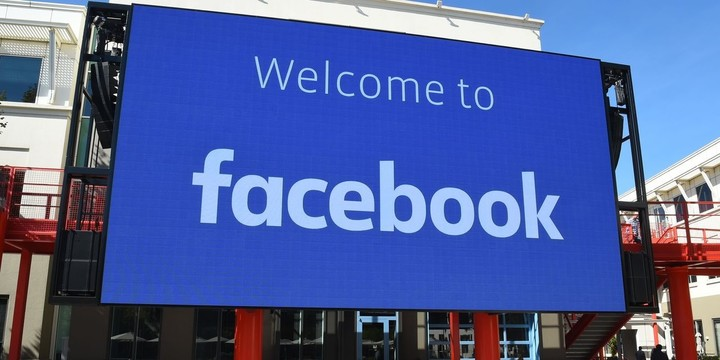 Facebook Says Government Breakup of Instagram, WhatsApp Would Be 'Complete Nonstarter'