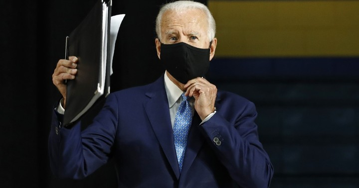 Biden is all clammed up: Trump takes 700% more questions than Biden in one month