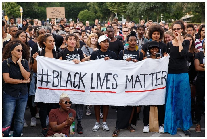 Black Lives apparently only  Matter about once every 3 years with a questionable death with police.  They have no concern about the 22,000 black-on-black murders in between. Hmmm...