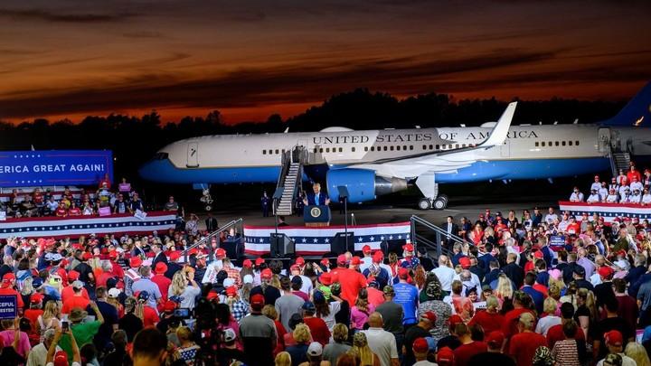 Trump's 2020 re-election campaign faces surprising cash crunch