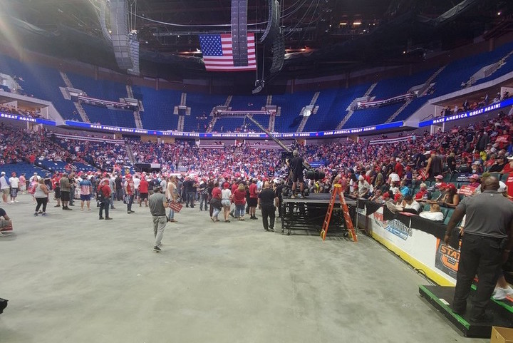 Trump Campaign Chief Goes After Media Coverage of Low Rally Turnout, Suggests They May Revoke Credentials