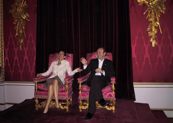 Ghislaine Maxwell photographed sitting on Buckingham Palace throne