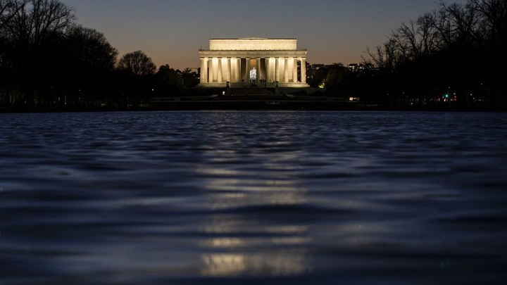 Biden asks nation for bell ringings, light shows to remember those lost to COVID