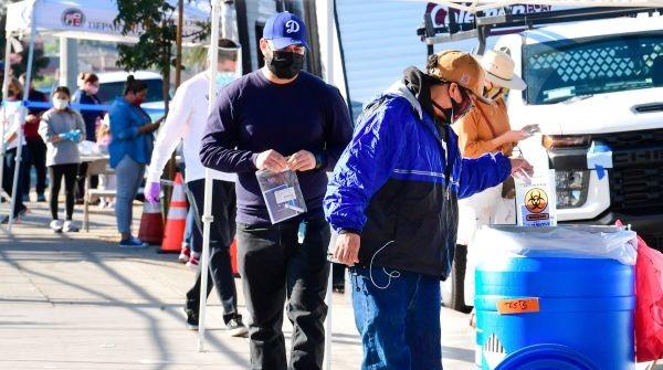 Pasadena Volunteers To Patrol Streets, Help Enforce Mask Mandates