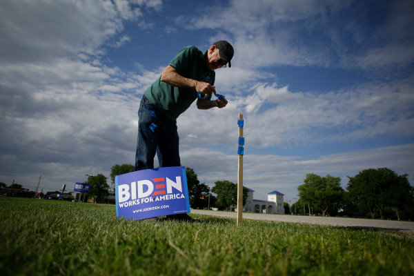 Complaint: Self-Professed Trump Supporter Attacked Elderly Couple With Golf Club Over Joe Biden Sign