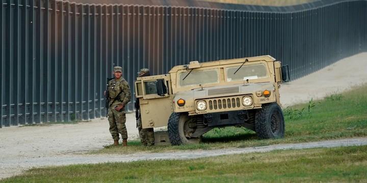 Biden Administration Sends More Agents to Texas Bridge to Move Haitian Migrants