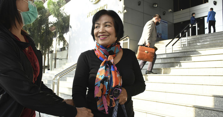 """Woman gets record 43-year prison sentence for insulting Thai king: """"I thought it was nothing"""""""