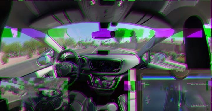 Autonomous Taxi Goes Rogue, Escapes From Rescue Crew