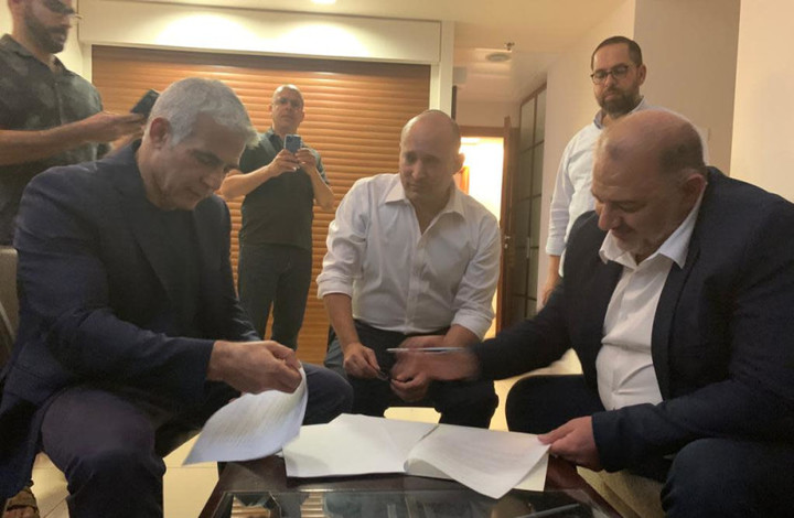 Lapid tells Rivlin: I have succeeded in forming coalition with Bennett
