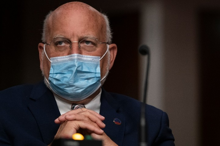 'A mass exodus': HHS staffers jumping ship amid pandemic, fears of Trump loss
