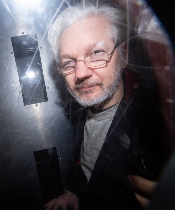 Pressure builds for Julian Assange to be released