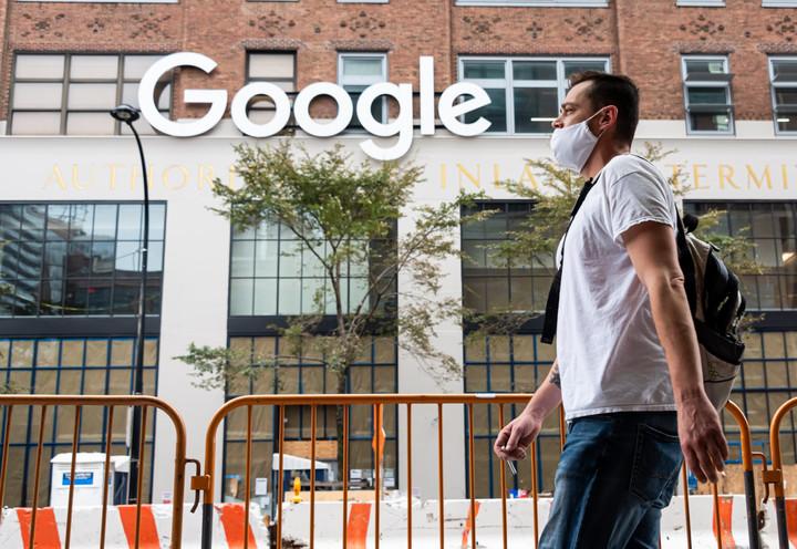 Google postpones return to work until October, will require vaccinations