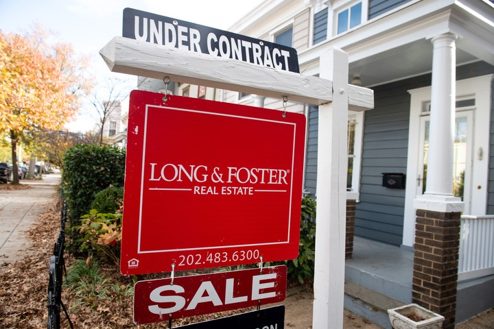 Pending home sales drop in June — more evidence of a housing turnaround
