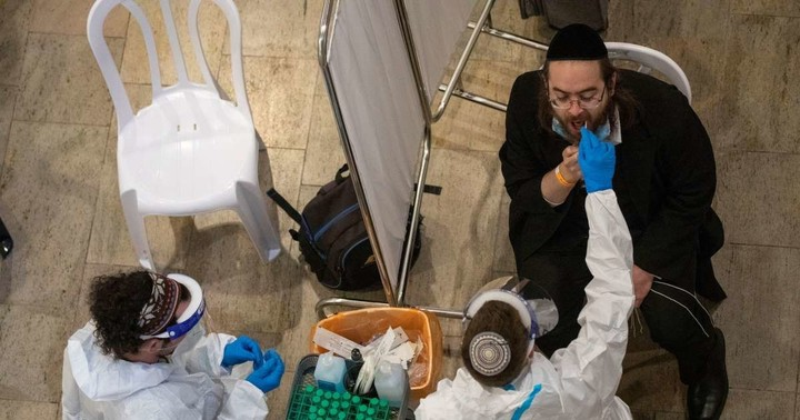 Israel, fearing virus mutations, to close its only international airport