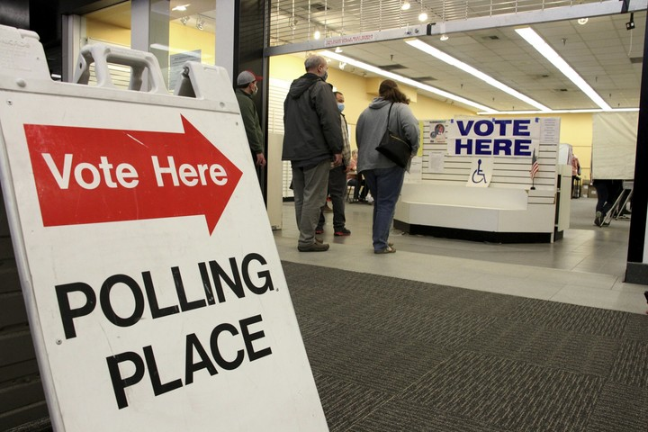 Who is voting? Who is winning? Early vote only offers clues
