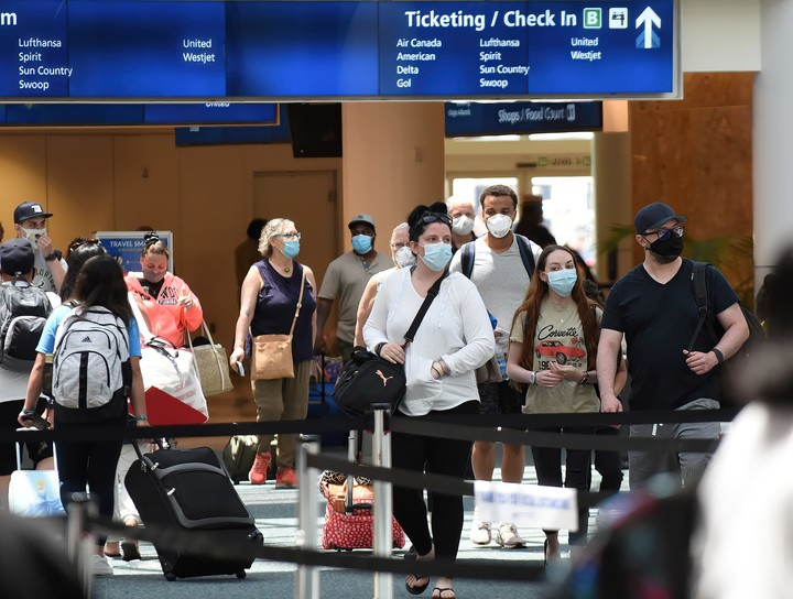 U.S. to ease travel restrictions for foreign visitors who are vaccinated against Covid