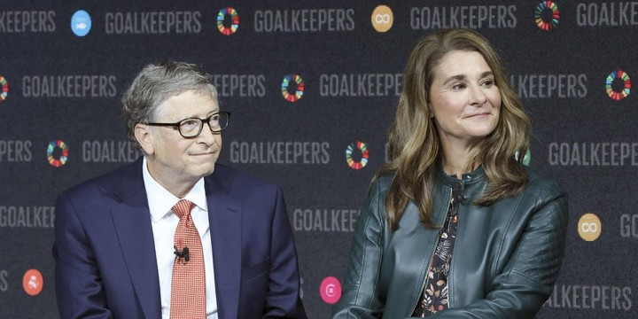 WSJ News Exclusive | Bill Gates Left Microsoft Board Amid Probe Into Prior Relationship With Staffer