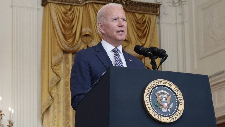 Biden grapples with twin crises