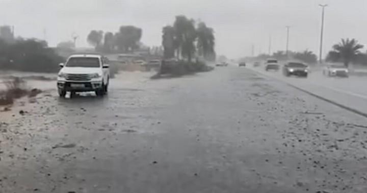 Dubai makes fake rain created by 'shocking' clouds to tackle 50C heatwave