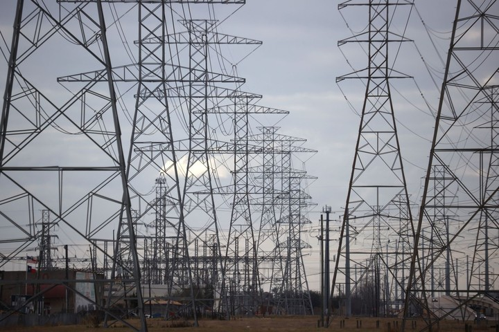 Days Before Blackouts, One Texas Power Giant Sounded the Alarm