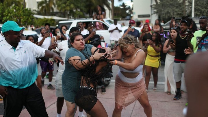 'We Will Continue to Rage': SWAT Breaks Up Massive Crowds Defying Curfew in Miami Beach