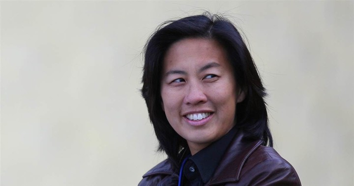 Miami Marlins hire Kim Ng as MLB's first female, East Asian American general manager